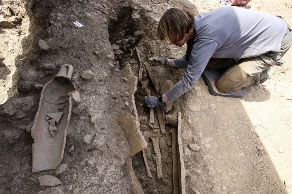 Fransız arkeologlar binlerce yıl öncesine ait 40 tabut keşfetti - 10