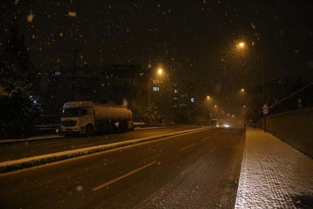 Yurtta kar yağışı (İzmir'in yüksek kesimlerinde kar yağışı etkili oluyor) - 20
