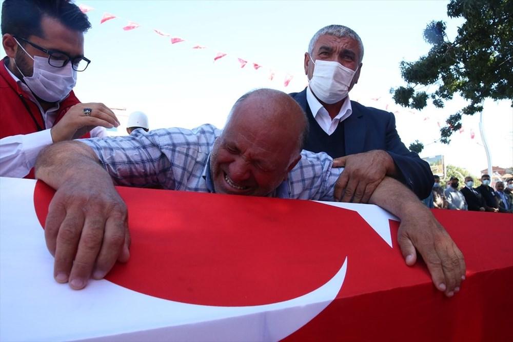 Martir Muammer Yiğit mengucapkan selamat tinggal pada perjalanan terakhirnya di Tokat - 6