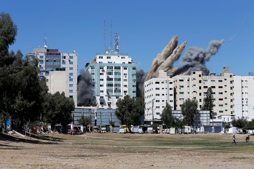 Israel's air strikes continue: loss of life increased to 147 - 4