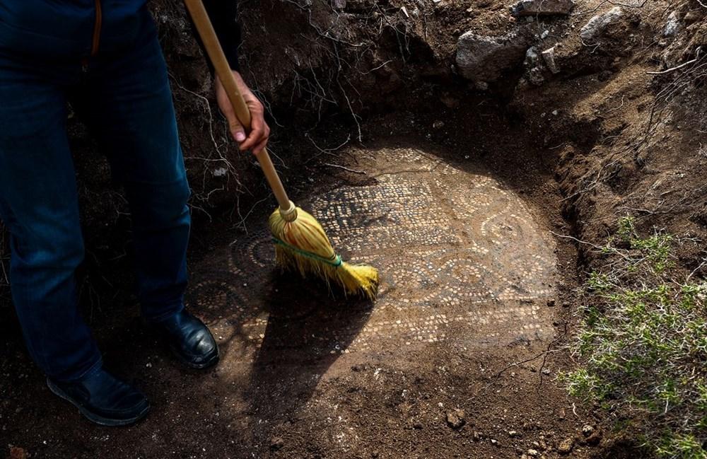 İzmir'de kaçak kazı sırasında manastır ve 1500 yıllık mozaik bulundu - 2