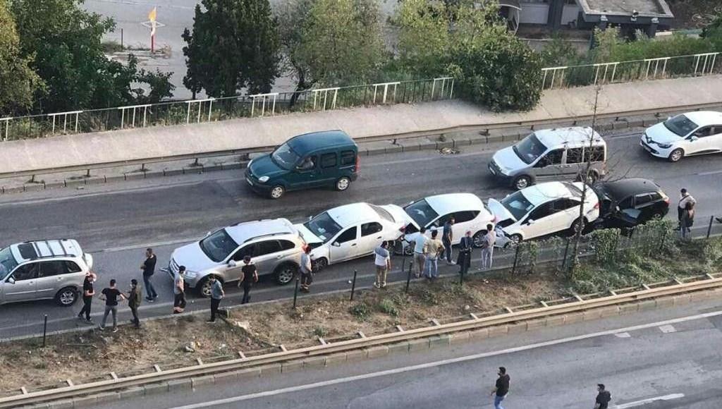 Bursa'da zincirleme kaza: 7 araç birbirine girdi