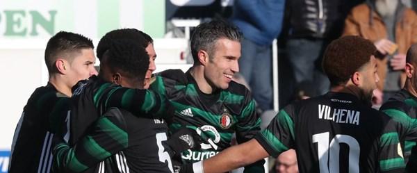 Van Persie'den 2 gol