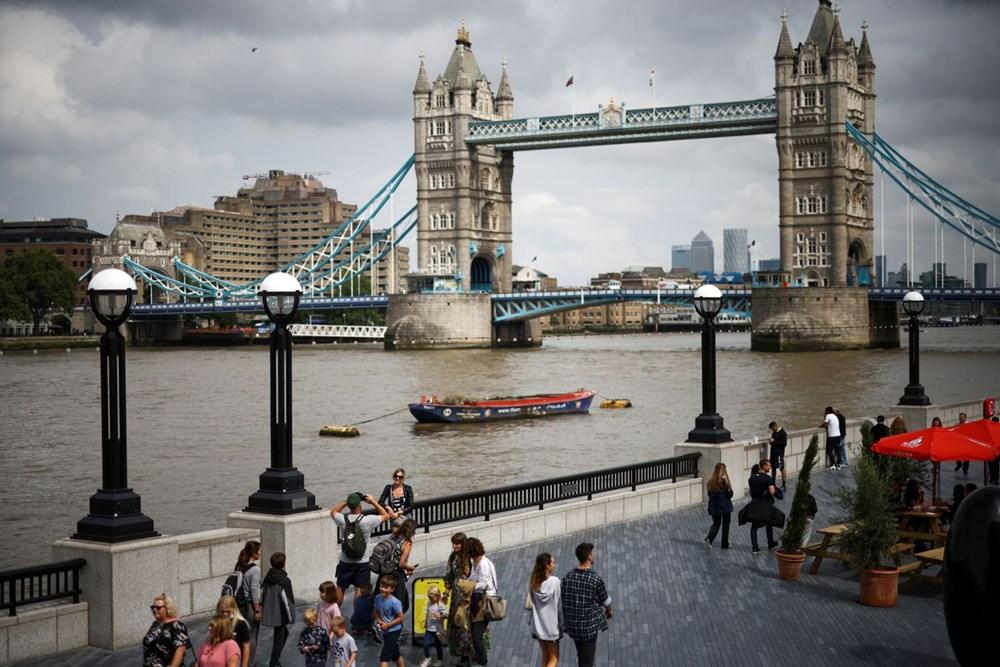 İngiltere sona yaklaştı: Sürü bağışıklığı yüzde 87 - 9
