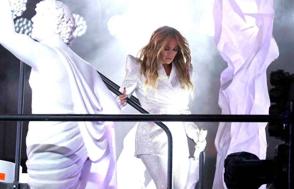 Yeni yıl kutlamasına Jennifer Lopez damgası - 4