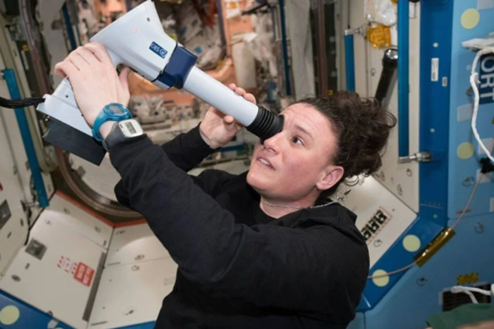 Russian cosmonauts discover new cracks on International Space Station - 5