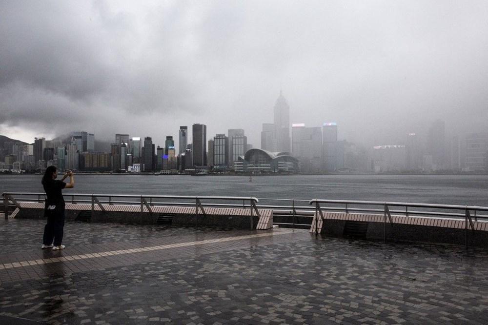 Çin'de 'bin yılın en şiddetli yağmuru' sele neden oldu: 16 can kaybı - 18