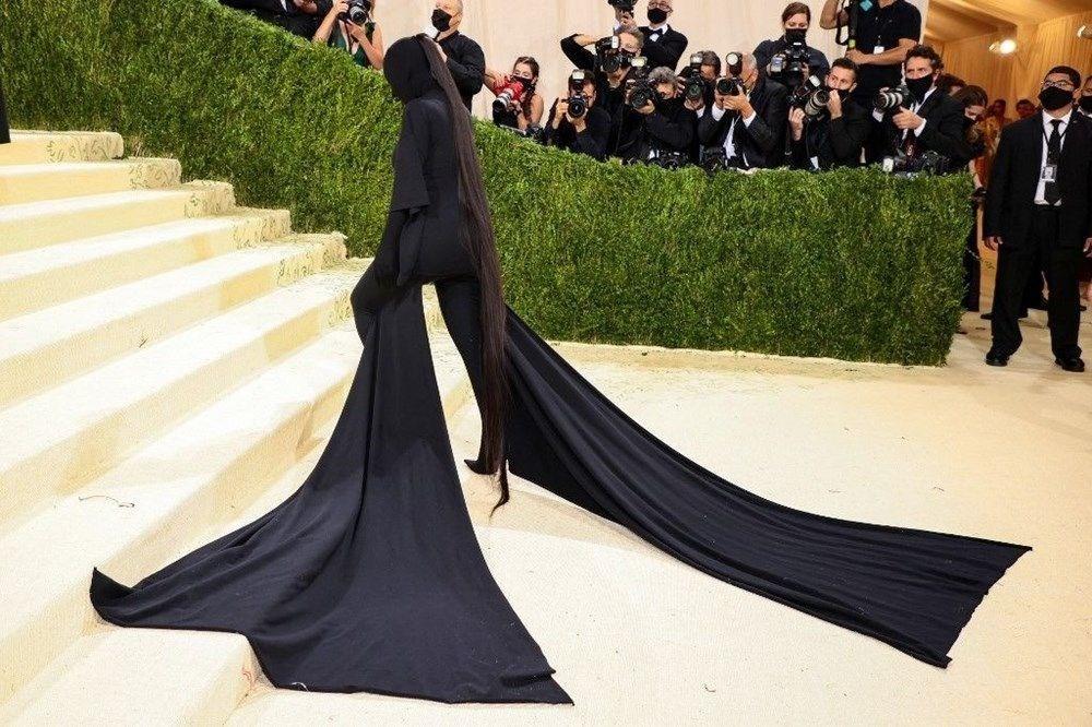 Kim Kardashian Met Gala kostümünü savundu - 3