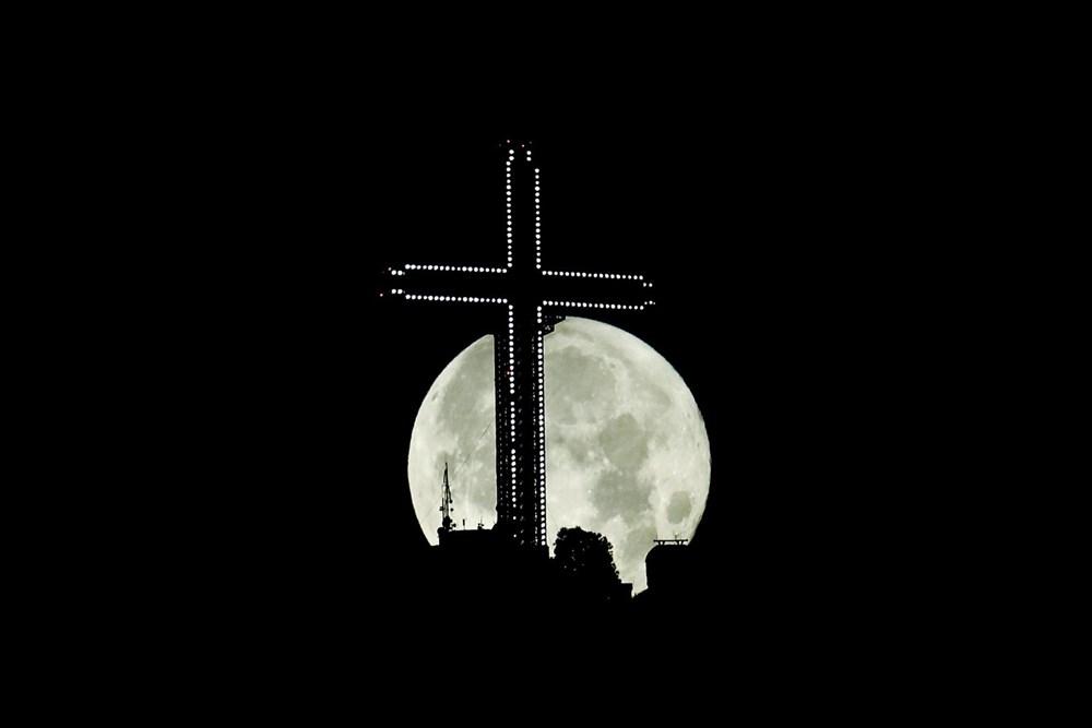 2021'in son Süper Ay'ı, Çilek Ay Tutulması gerçekleşti: Türkiye'den ve dünyadan manzaralar - 9