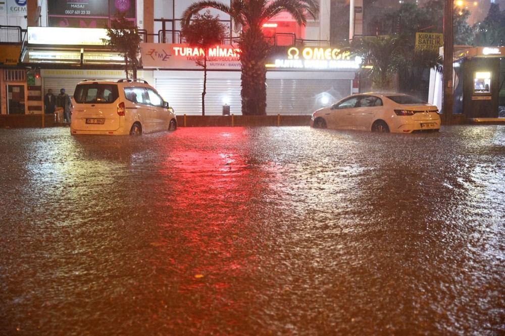 İzmir'de sağanak etkili oldu - 6