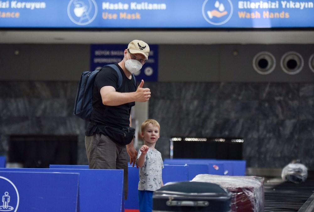 Kapılar açıldı, Ruslar akın akın geliyorlar! Rusya'dan hava trafiği yüzde 45 arttı - 26