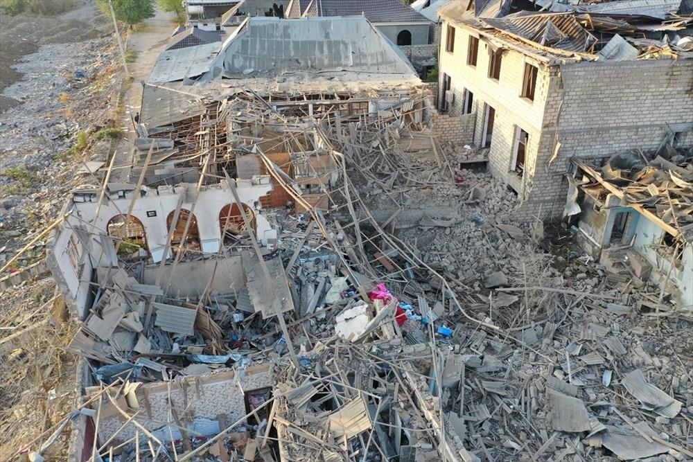 Ermenistan'ın Gence'ye füze saldırısının şiddeti gün ağarınca ortaya çıktı - 22