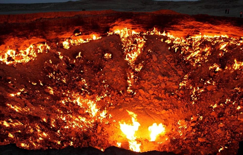 Cehennem Kapısı 50 yıldır 400 derecelik ateşle yanıyor: İnsan hatasının dünyadaki en somut örneklerinden biri - 4