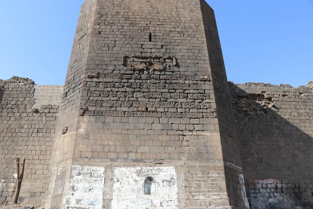 Diyarbakır'da gecekonduların yıkılmasıyla kitabe ve nişler ortaya çıktı - 6