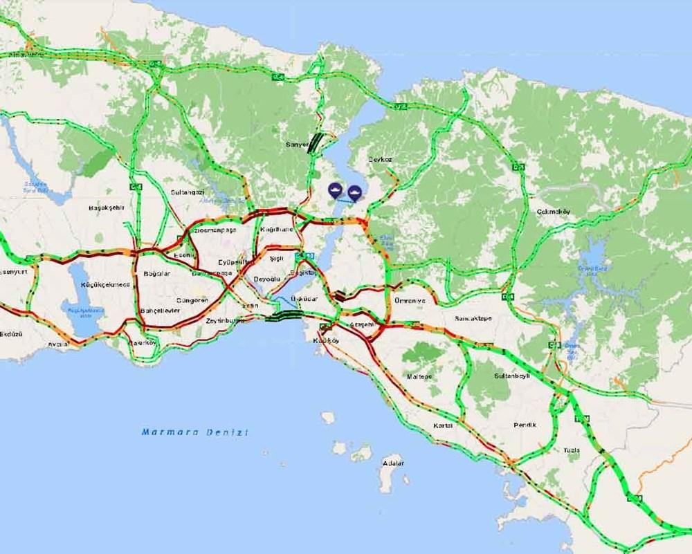 Hafta sonu kısıtlaması öncesi İstanbul trafiği kilit - 3