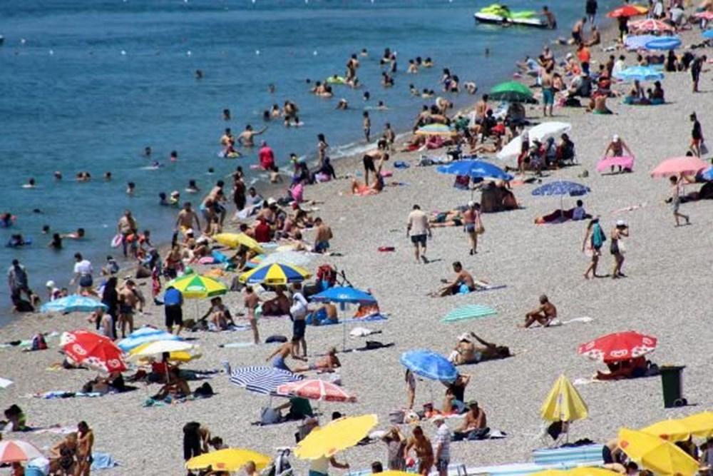 Antalya sahillere akın etti - 5