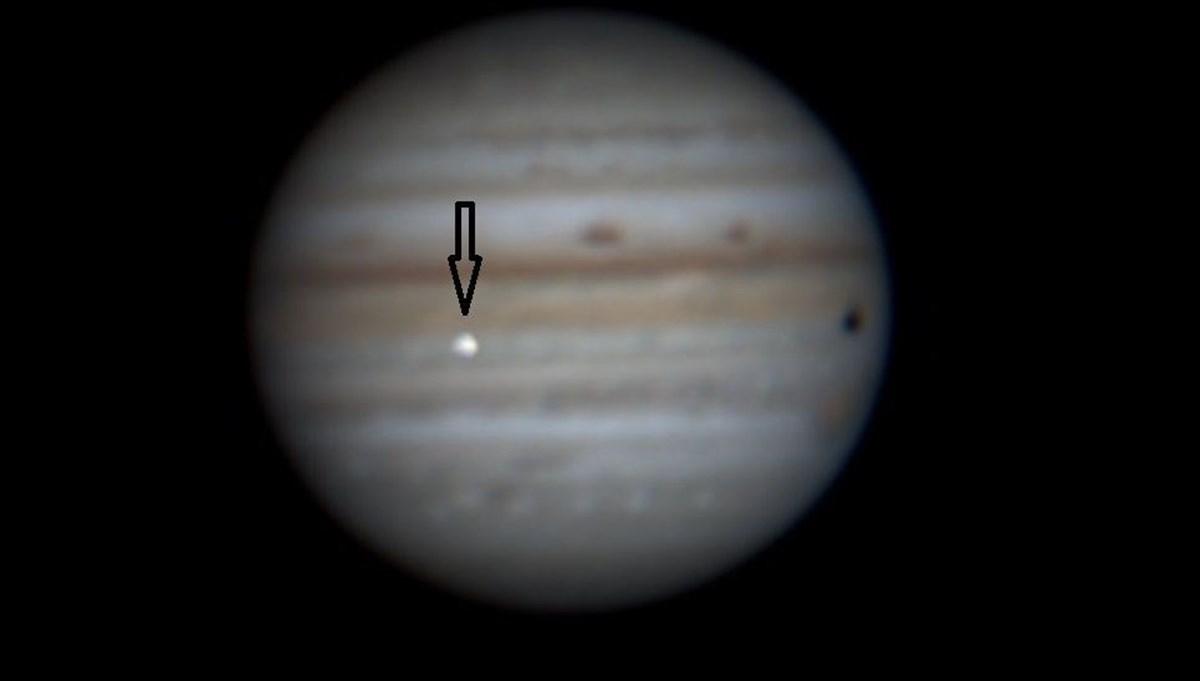 Amatör gözlemci Jüpiter'deki çarpışmayı kaydetti: Işığı Dünya'dan görüldü