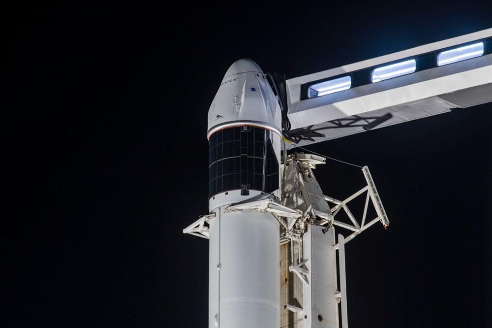 NASA'nın kargo gemisi istasyona kenetlendi - 8