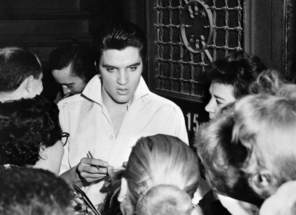 Rambut Elvis Presley dijual di lelang seharga 605 ribu lira