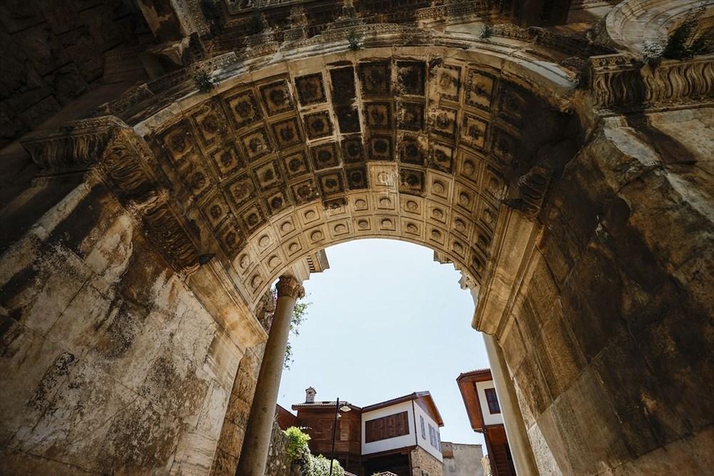 Antalya'nın geçmişe açılan kapısı 'Kaleiçi' - 9