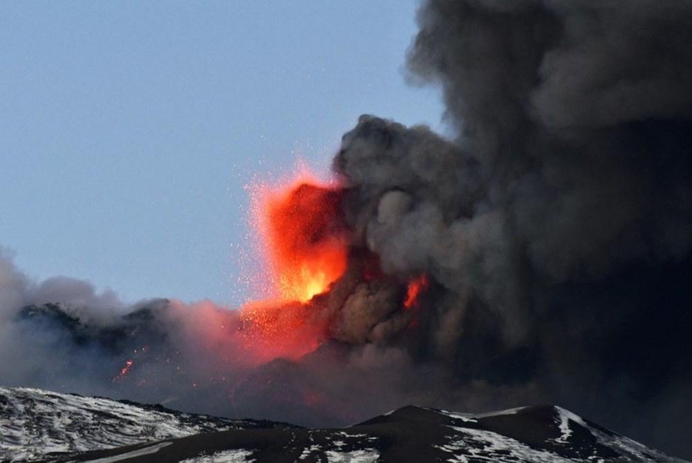 Etna Yanardağı, son bir haftada 6 kez faaliyete geçti - 7