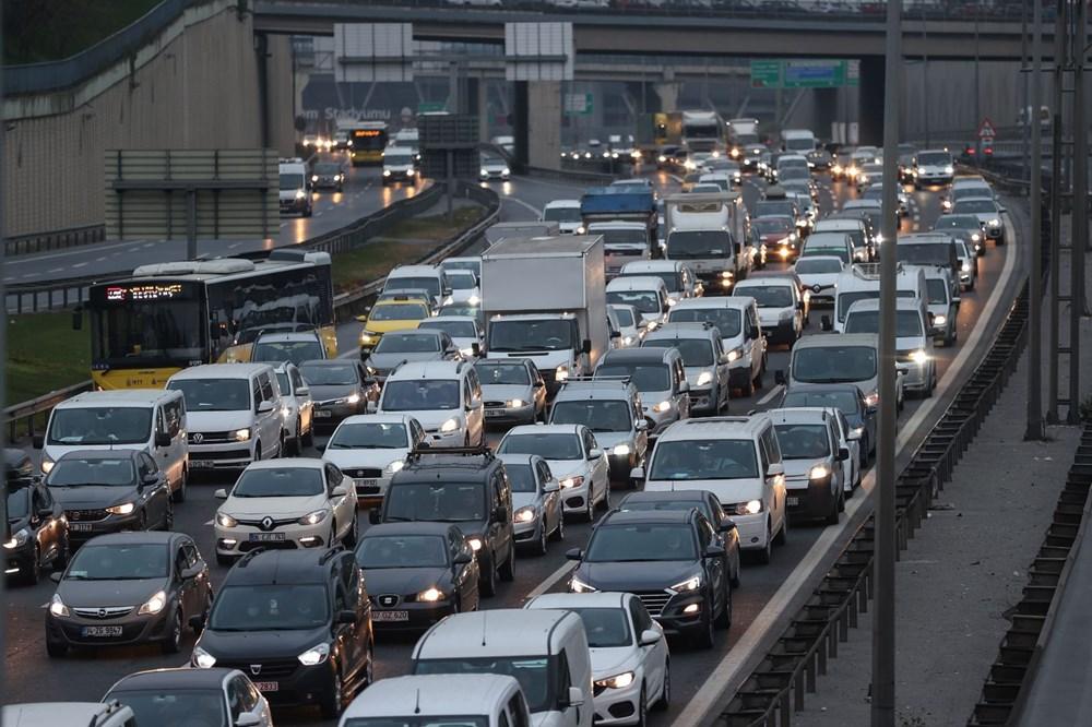 İstanbul'da, 'tam kapanma' öncesinde kaçış trafiği - 5