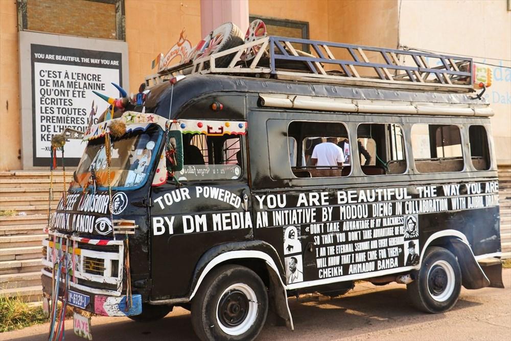 Afrikalı sanatçılar, Olduğun gibi güzelsin isimli çağdaş sanat projesinde birleşti - 4
