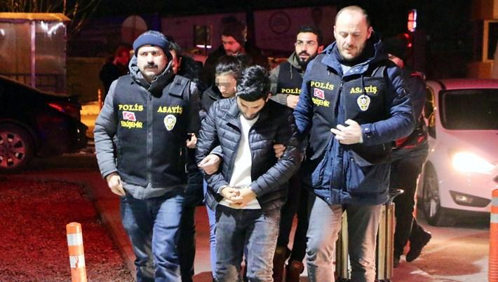 İkinci el sitesinde 23 ilde 63 kişiyi dolandırdılar ('Polis yakalayamaz' dedi, tutuklandılar)