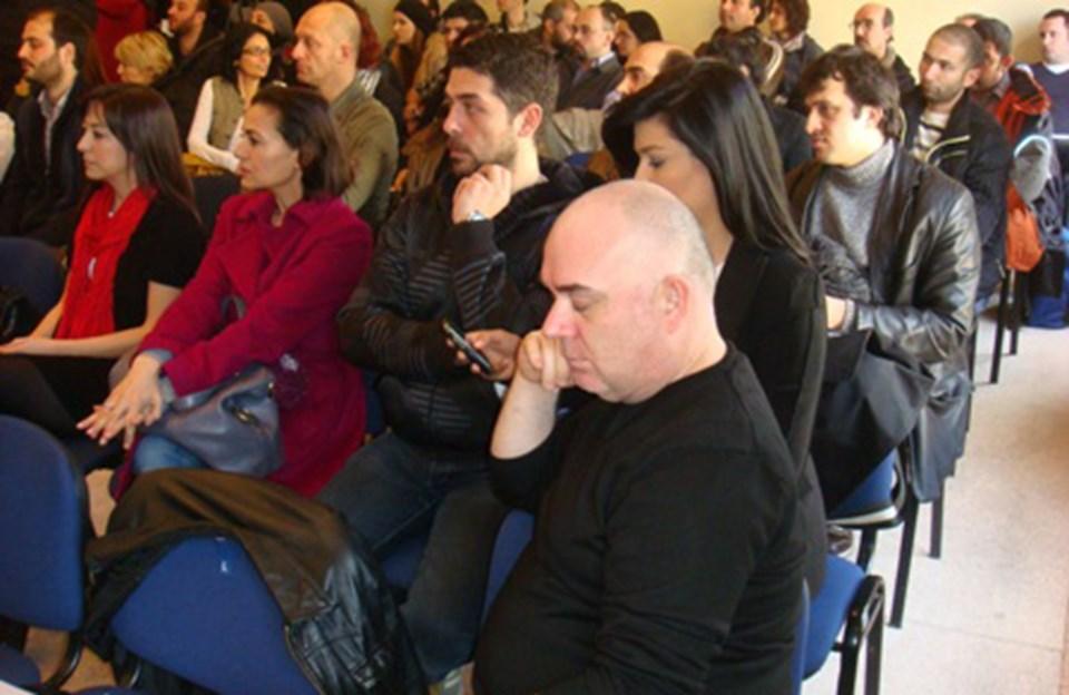 Toplantıya çok sayıda ünlü oyuncu katıldı.