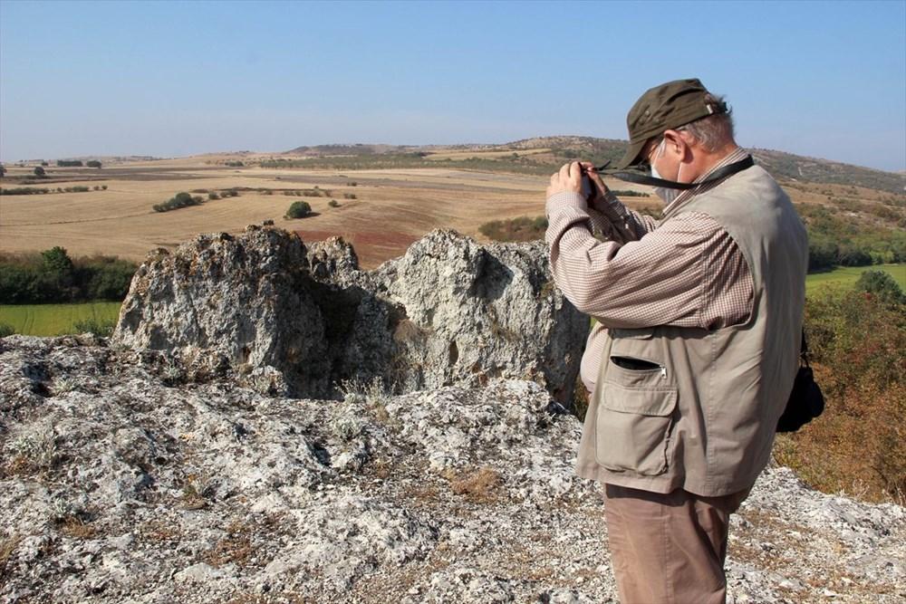 """Traklara ait tarihi kaya sunağında""""güneş diski"""" bulundu - 3"""