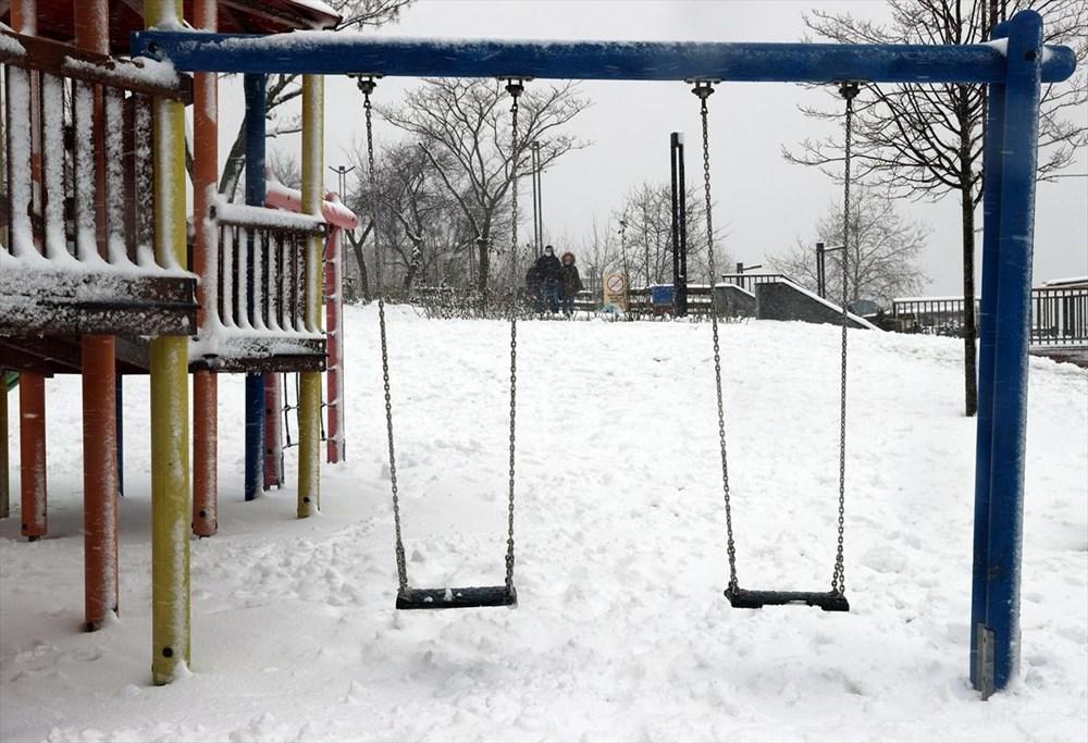 İstanbul'da kar yağışı devam ediyor - 8