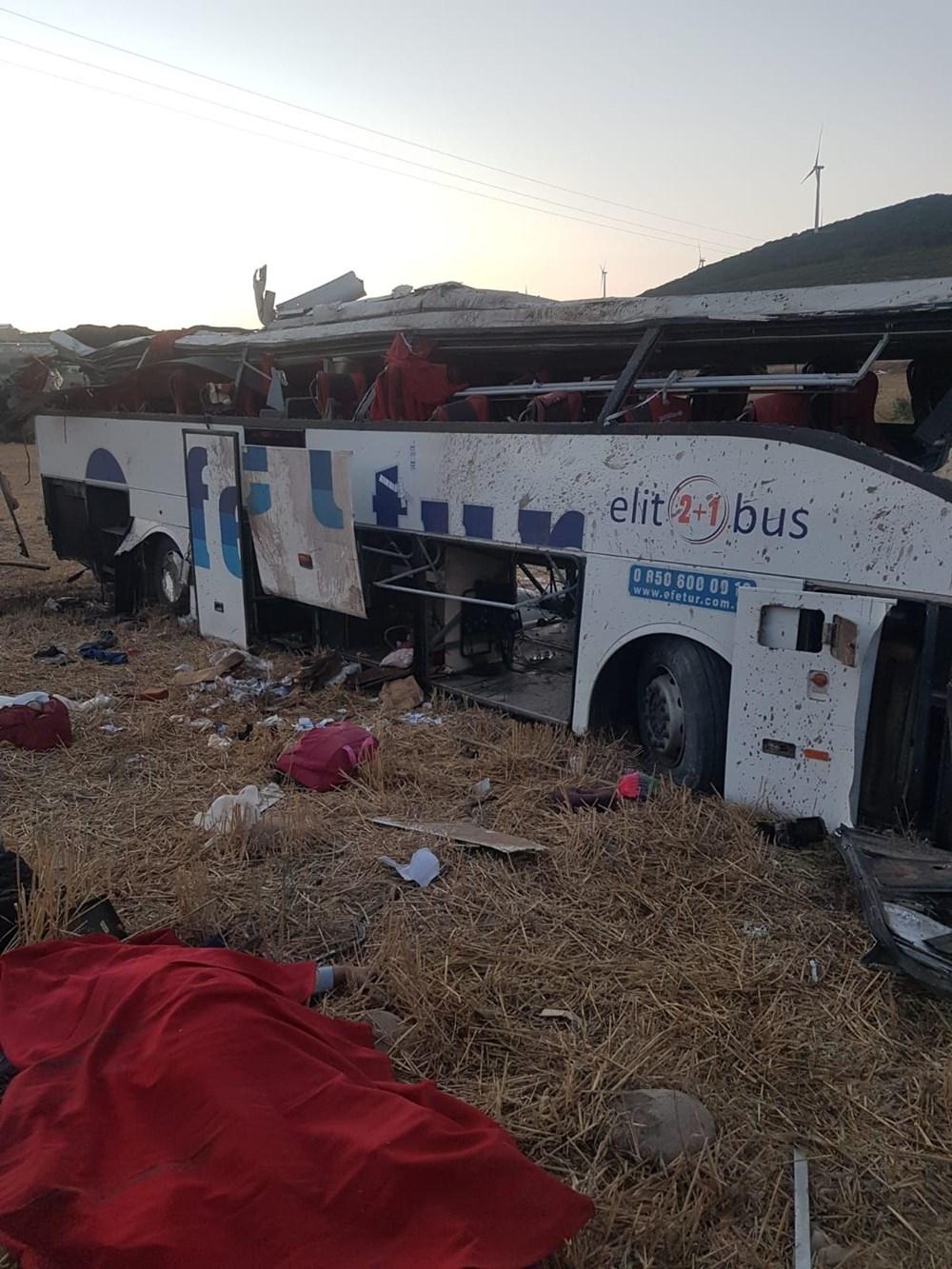 Balıkesir'de yolcu otobüsü devrildi: 15 kişi hayatını kaybetti - 3