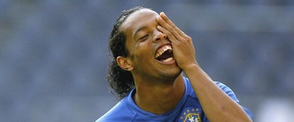 Ronaldinho aynı anda iki kadınla birden evlenecek iddiası