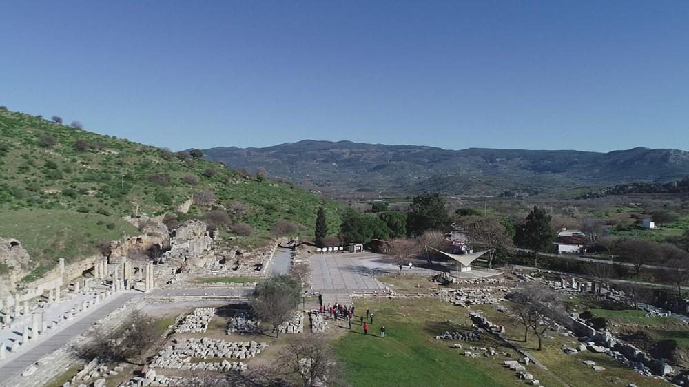 Efes Antik Kenti, pandemi döneminde de güvenli turizmin adresi oldu - 11