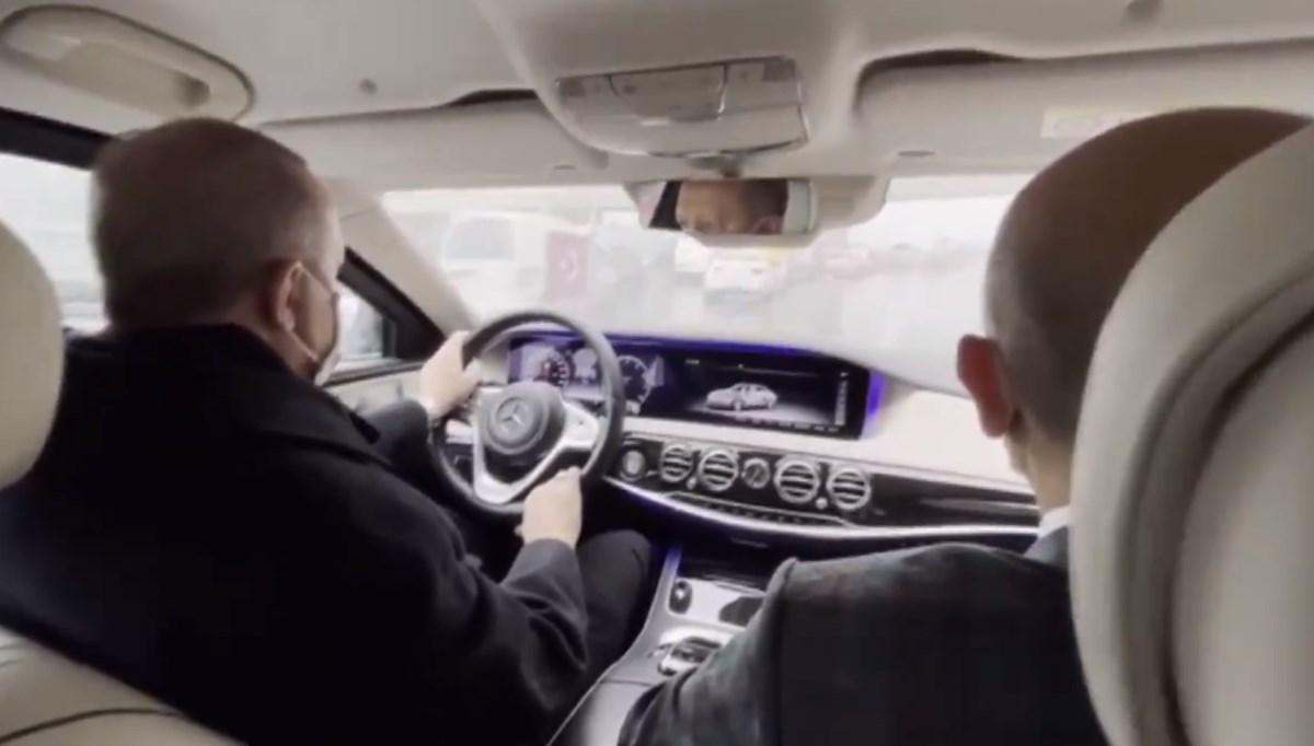 Cumhurbaşkanlığı İletişim Başkanı Altun, Cumhurbaşkanı Erdoğan'ın otomobil kullandığı görüntüleri paylaştı