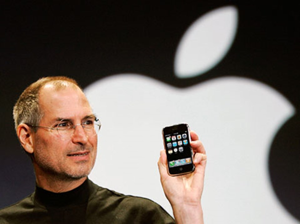 Apple'ın patronu Steve Jobs, iPhone'u 2007'de tanıttı.