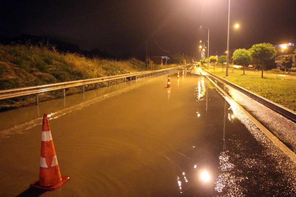 Düzce'de dere taştı, yol çöktü: Kentte sağanak etkili oldu - 22