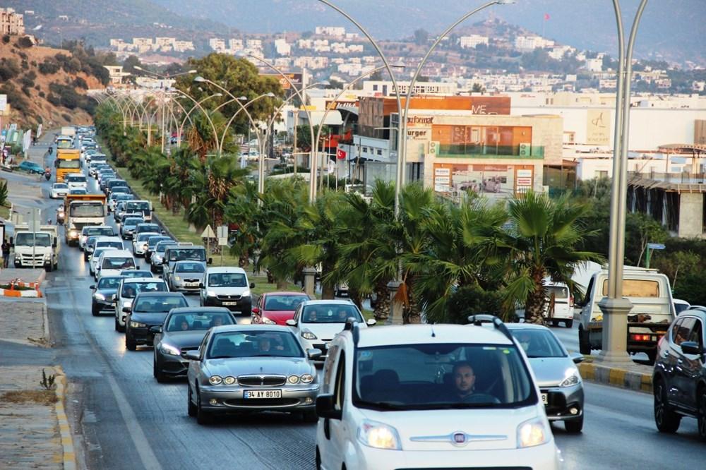 Corona virüsten kaçan tatilciler Bodrum'u terk etmiyor: Nüfus 400 bine çıktı - 8