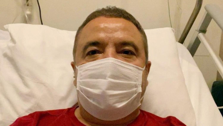 Covid-19 tedavisi gören Muhittin Böcek'in son testi negatif çıktı