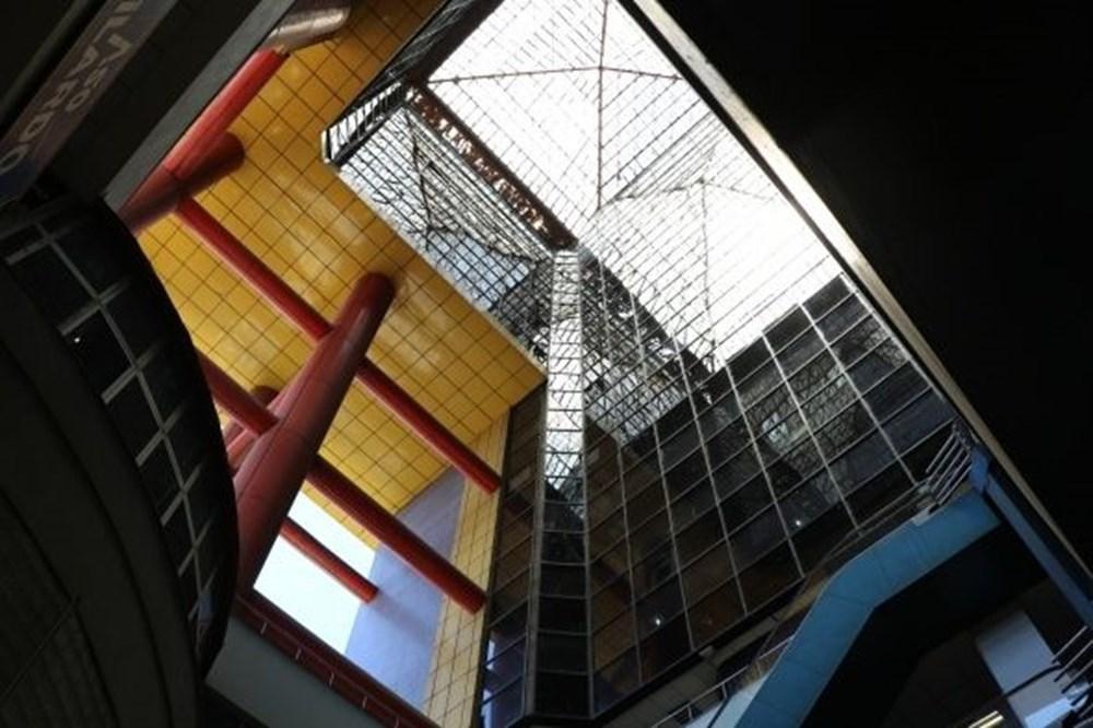 Dünyanın en saçma binası yıkılacak - 3