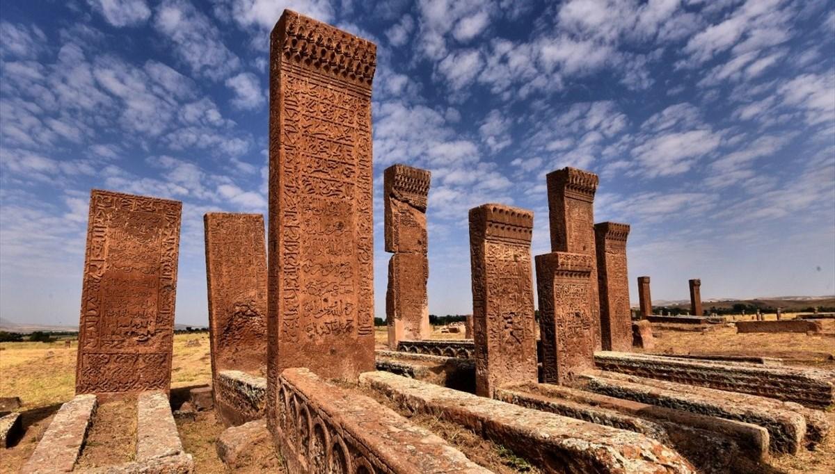Ahlat'ın anıt mezarları, dünyaya tanıtılacak