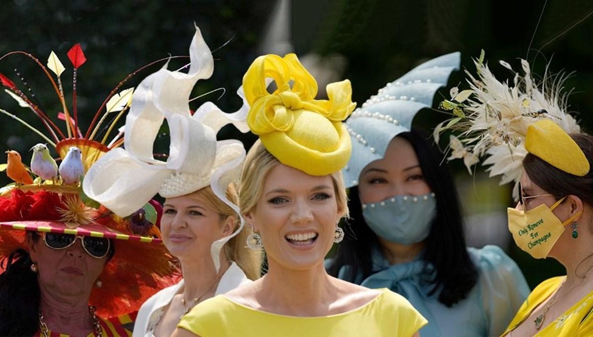 2021 Royal Ascot At Yarışları'nda geleneksel şapka şıklığı