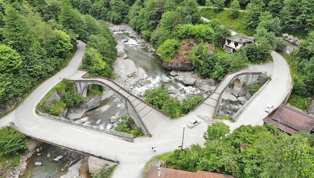 Artvin'de doğanın kalbindeki tarihi 'Çifte Köprüler' ziyaretçilerini bekliyor