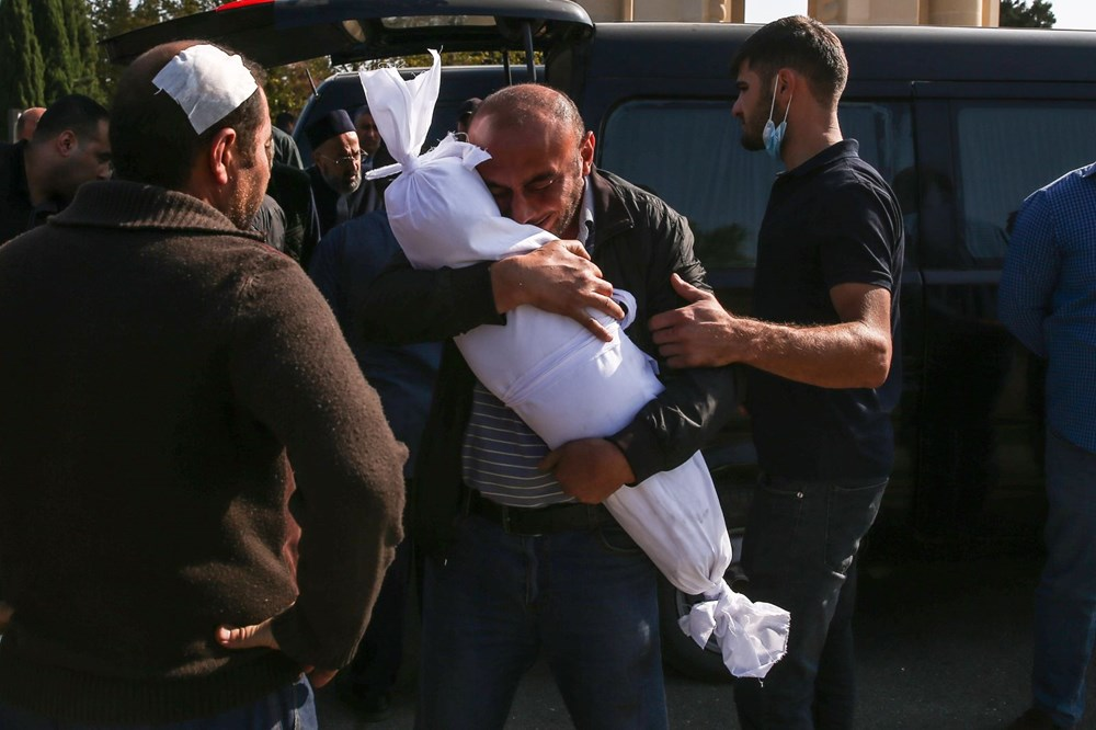 Hain saldırının küçük kurbanları: Cenazede gözyaşları sel oldu - 4