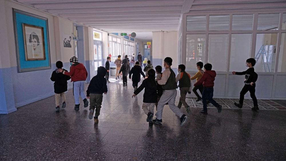 Türkiye'nin kontrollü normalleşme dönemi: Yüz yüze eğitim başladı - 2