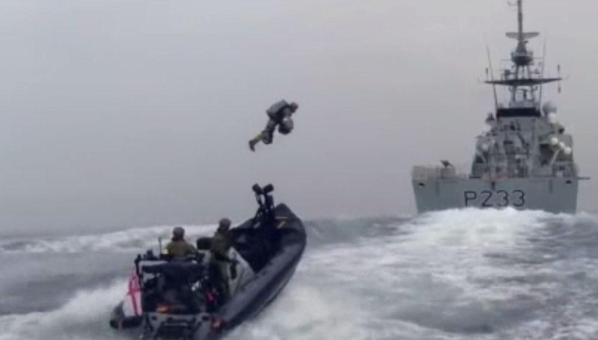 İngiltere'de Kraliyet Donanması 'sırt roketi'ni test etti