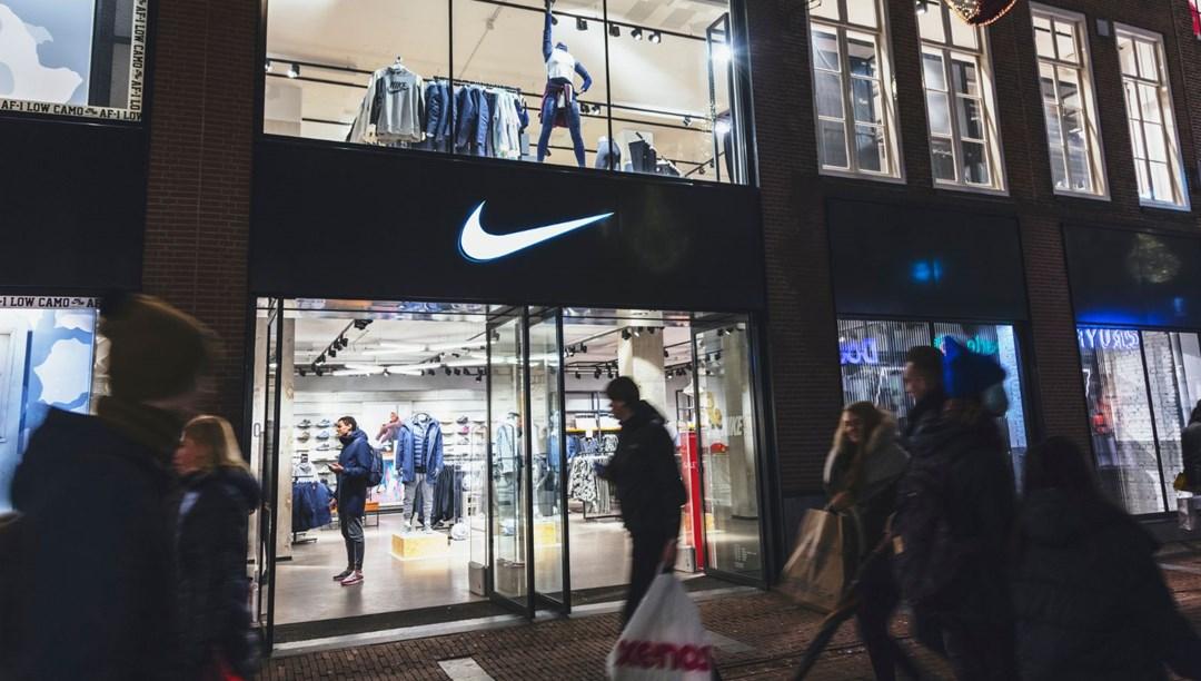 Nike'ın 'Şeytan Ayakkabıları' davasında satışındurdurulma kararı thumbnail