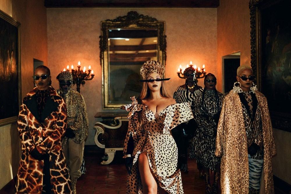 Beyonce görsel albümü Black is King'i yayınladı - 22