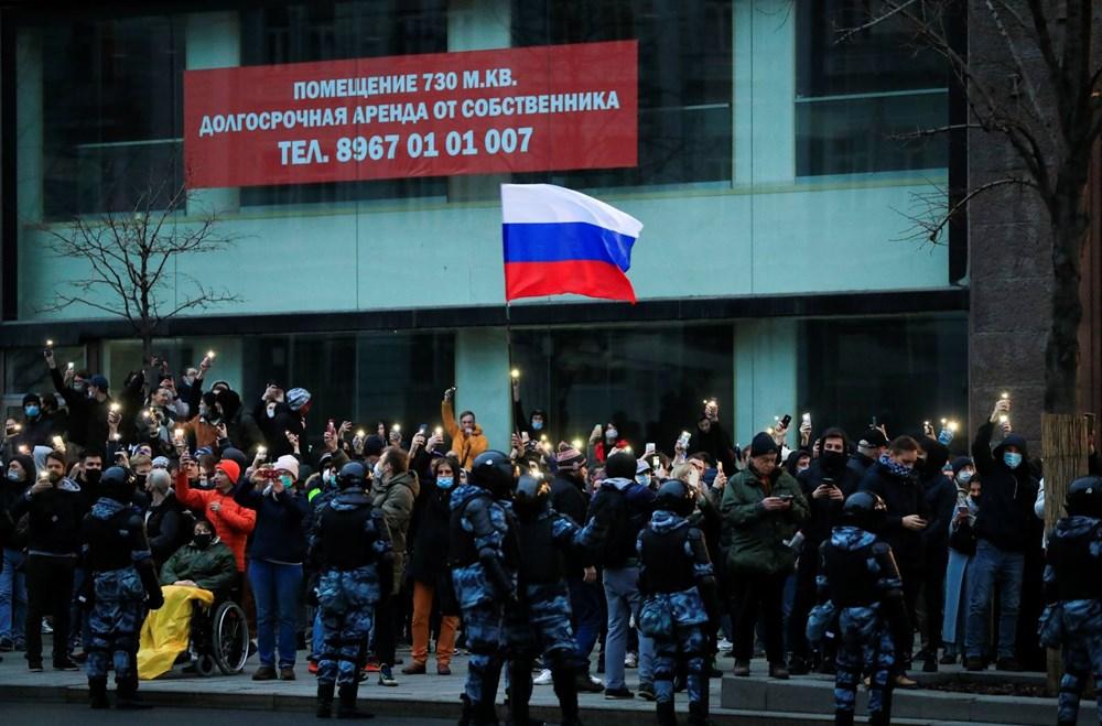 Rusya'da Navalni protestolarında gözaltı sayısı bin 400'ü aştı - 11
