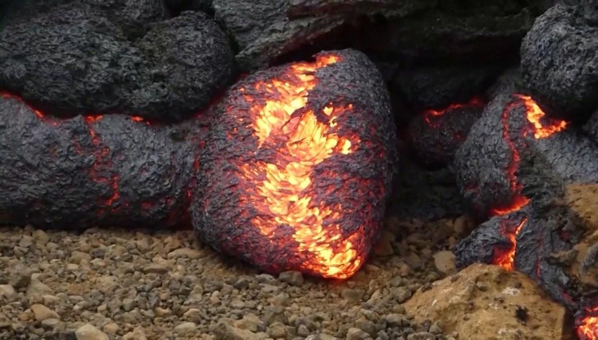 Unusual image at Fagradals Volcano: Lava balls formed